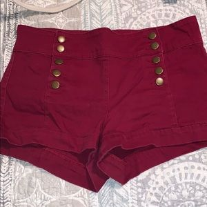 Side buttoned Shorts